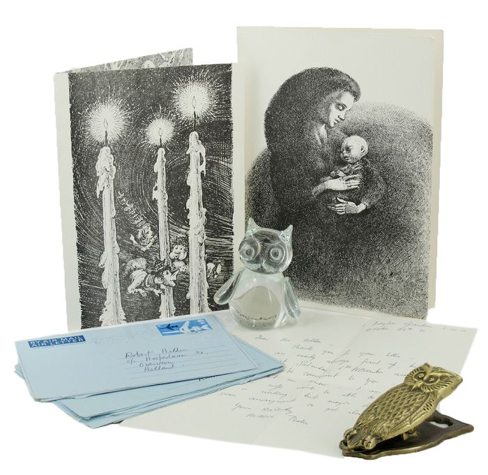 FOUR AUTOGRAPH LETTERS AND TWO PRINTED CHRISTMAS CARDS, SIGNED. Maeve Peake.